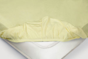 Простынь на резинке Трикотаж Нежно-желтый