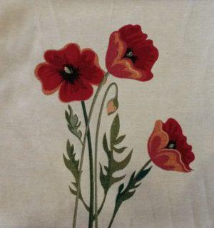Наволочка декоративная Маки ( Три мака цветущих )
