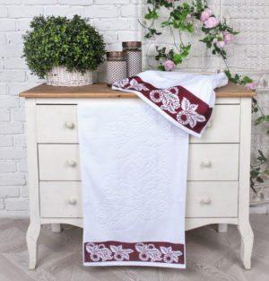 Махровое полотенце Бренчес бордо