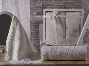 Комплект махровых полотенец Esra кремовый