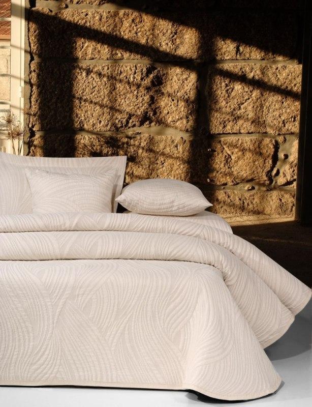 Покрывало на кровать Antonio Salgado Alize