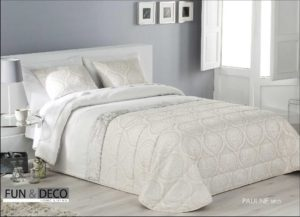 Покрывало + 2 наволочки (подушки) на кровать Antilo Pauline Beige 250*270 см